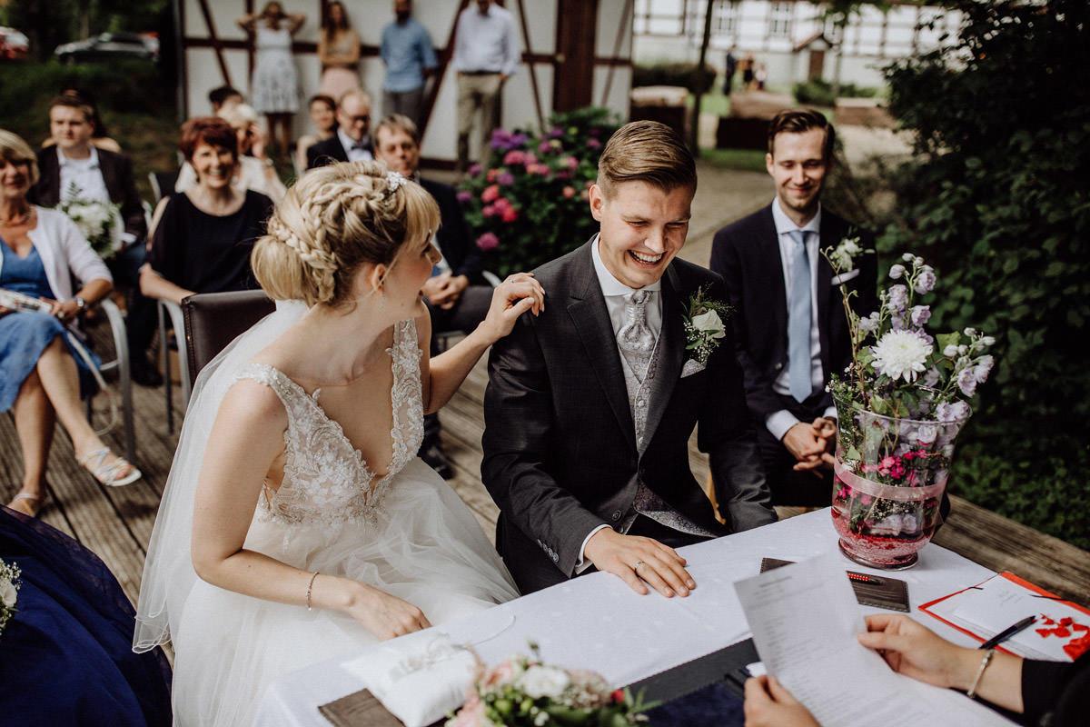 Hochzeitsfotos Standesamt Harpstedt Hochzeitsfotograf Lichtbildlars Vechta